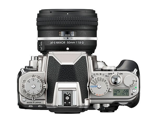 Nikon Df – Top View