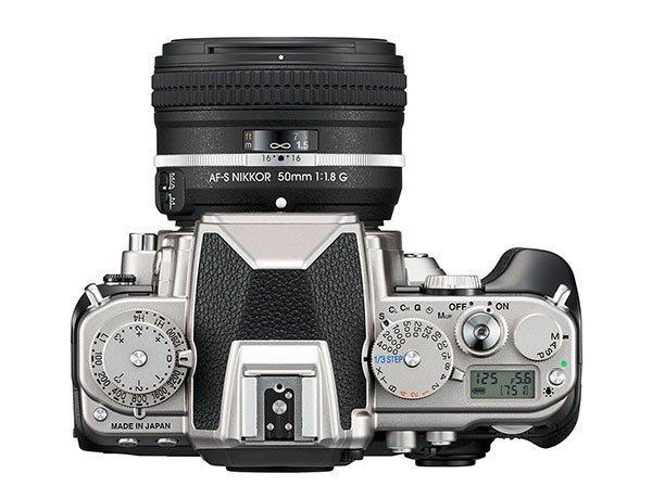 Nikon Df – Top View