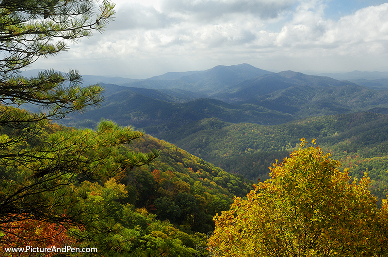 A View from Cherohala Skyway in late October at the peak of the Autumn leaf color season. This National Scenic Byway runs between Tellico Plains, Tennessee and Robbins, North Carolina, USA.